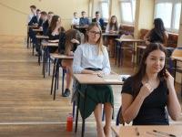Egzamin-końcowy-klas-8-_-9